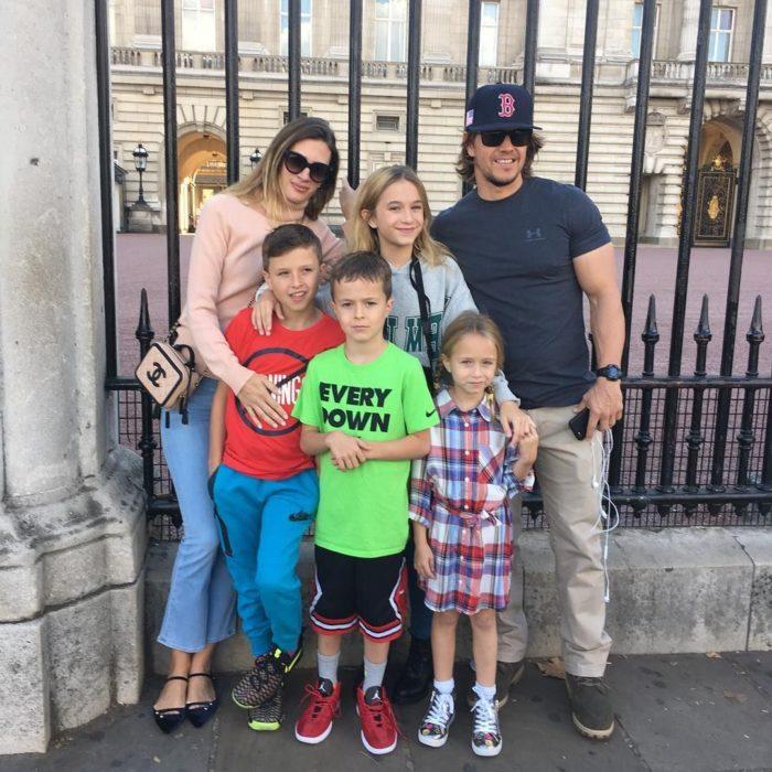 Mark Wahlberg en una foto familiar