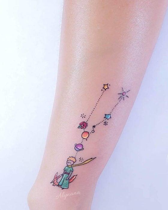 Mini tatuaje constelación Tauro