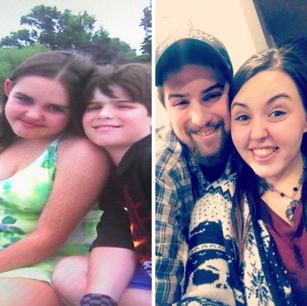 Pareja de novios compartiendo una foto de cuando se conocieron de niños y como pareja jovén después de 15 años