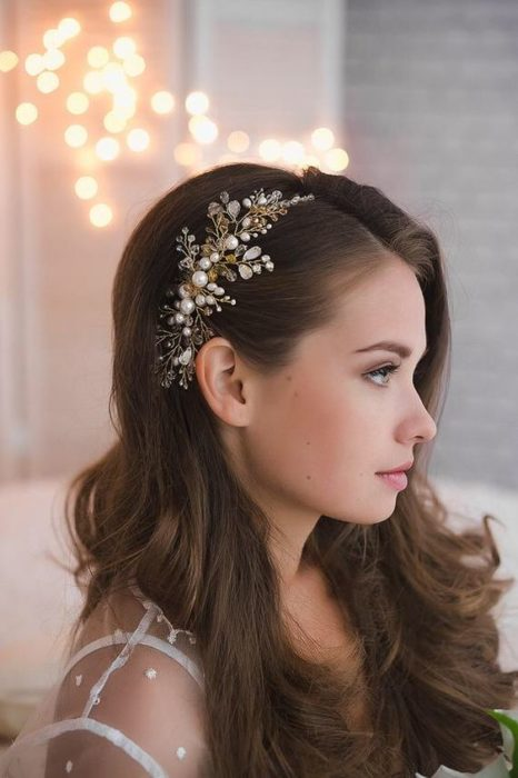19 Hairstyles Original Brides Will Want To Try On Their Special Day 1