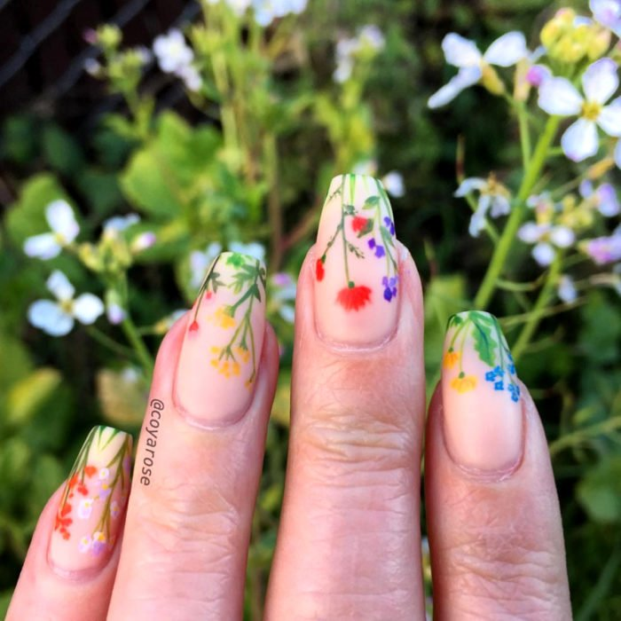 Flower manicure; wildflower nails