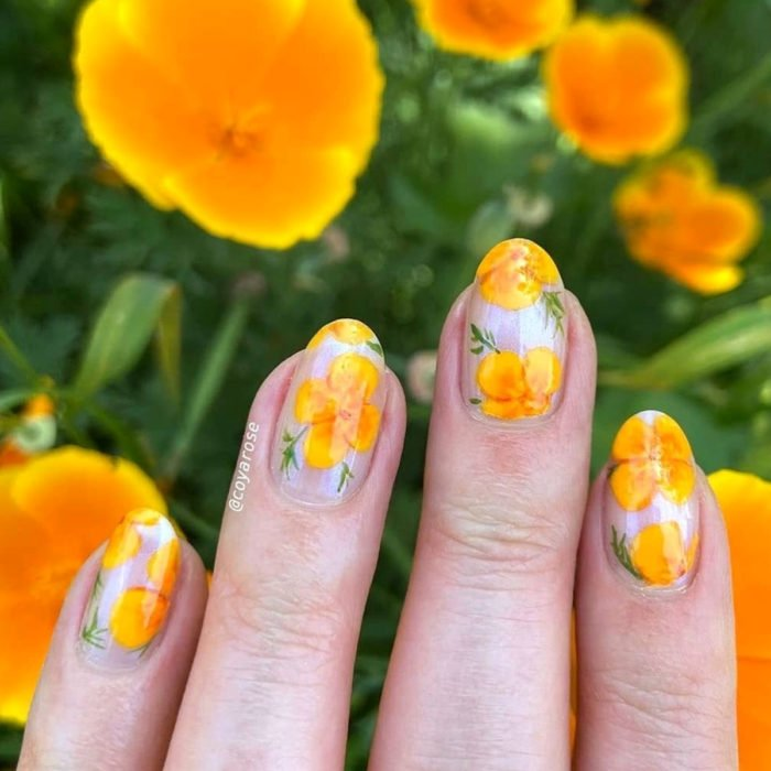 Flower manicure; Orange California Poppy Nails