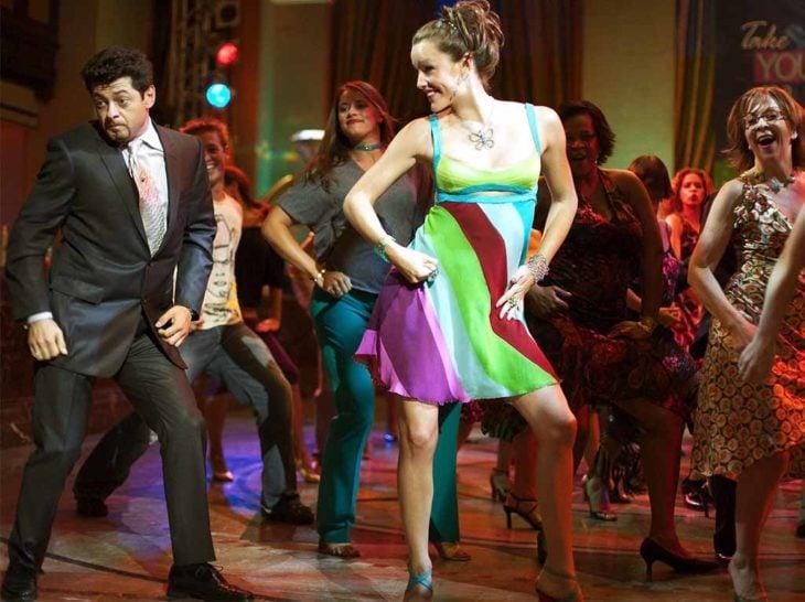 Jenna Rink bailando en una de las escenas de la película Como si tuviera 30
