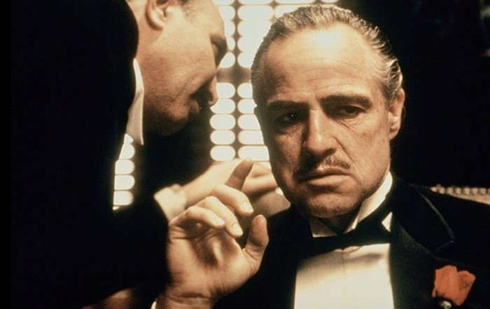 actor marlon blando como vito corleone en el padrino the godfather