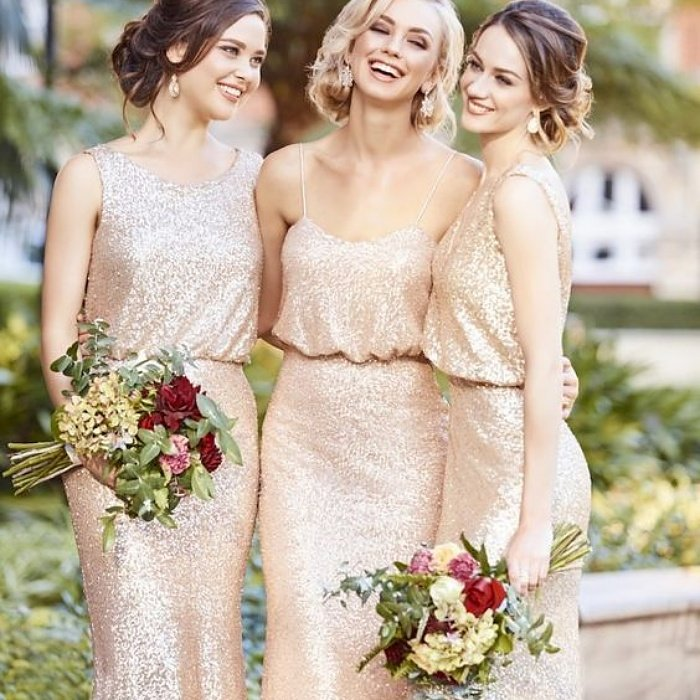 bridesmaids in champagne colored dresses