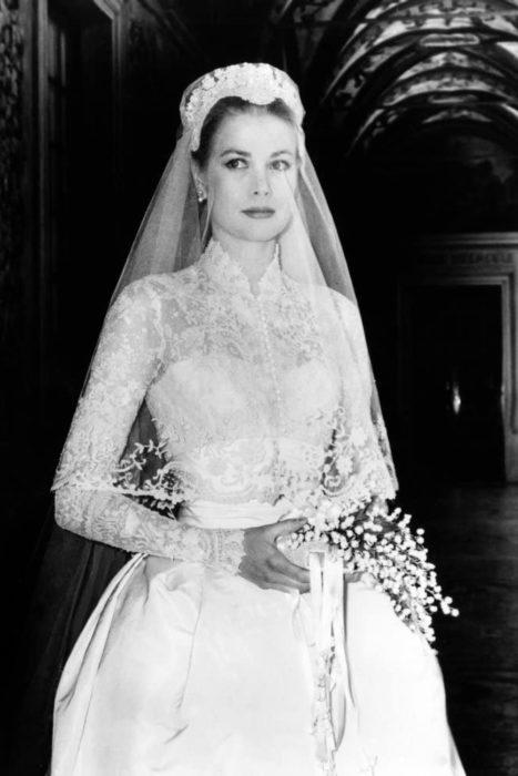 actriz grace kelly con vestido de novia en 1956