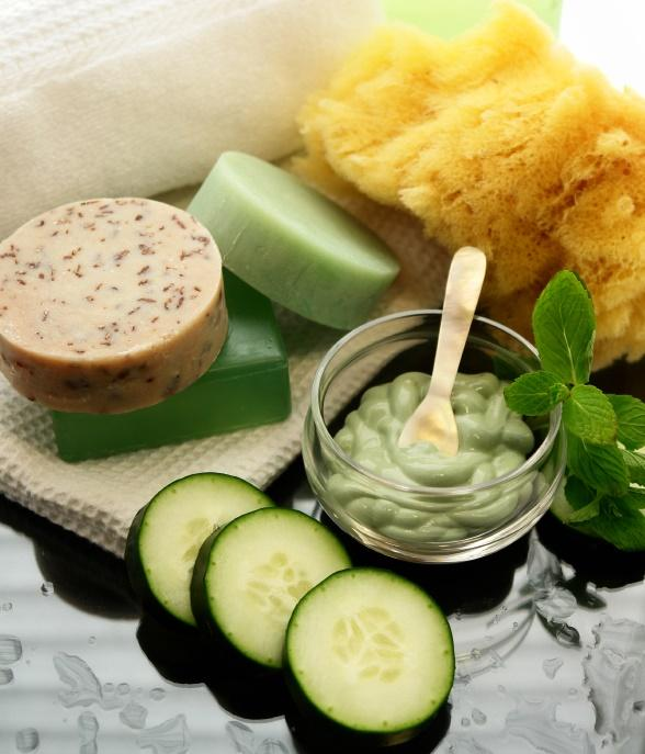 Cucumber mask to hydrate the skin, along with bars of cucumber soaps