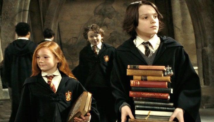 Escena de película de Harry Potter en la que aparece el profesor Snape y Lily en su época de estudiantes