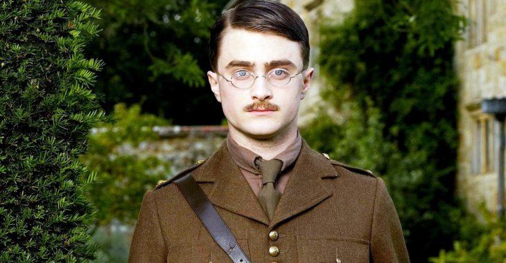 Daniel Radcliffe en la película My Boy Jack llevando uniforme de soldado militar