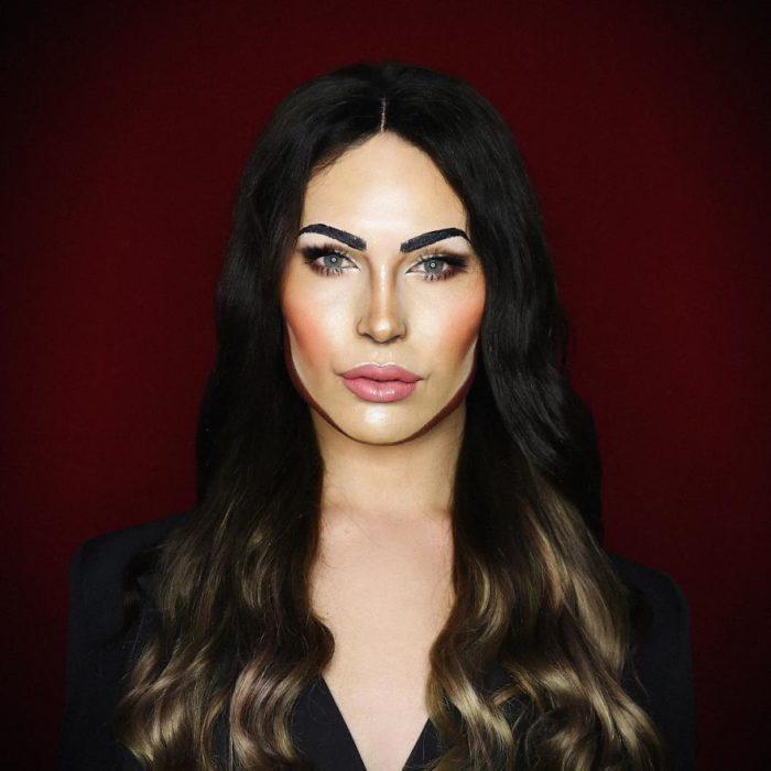 Alex Stone, maquillista, maquillado como Megan Fox