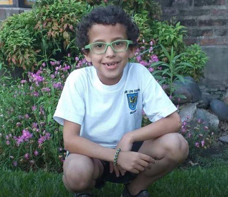 Benjamín, pequeño de 8 años de edad