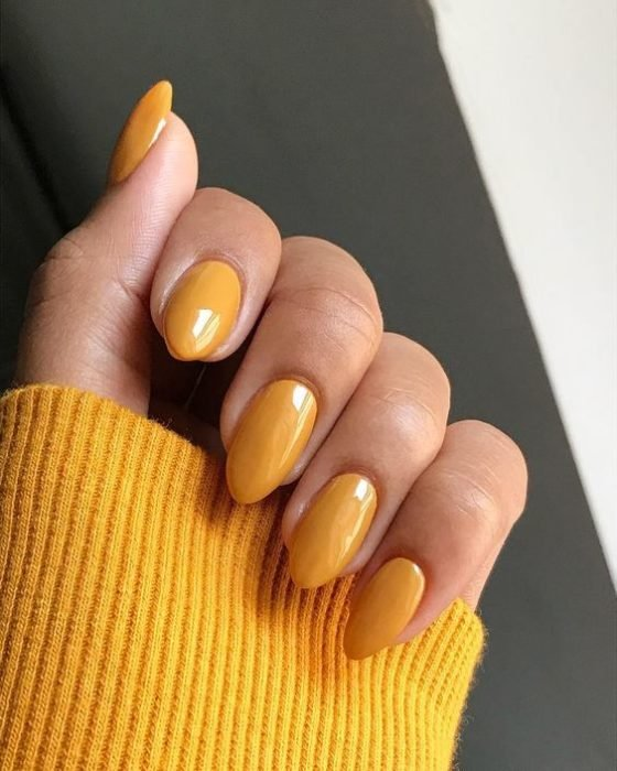 5 nail colors that take away the bad mood and fill you with spirits 4