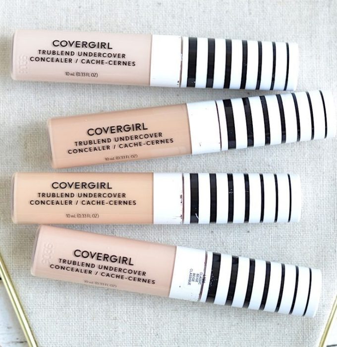 Covergirl brand facial concealer