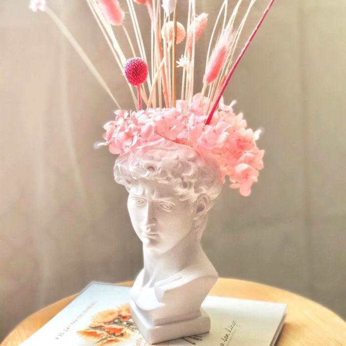 Artículos de decoración para el hogar; florero de busto romano
