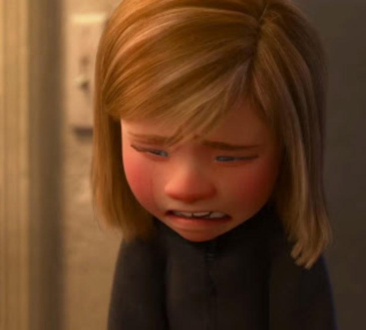 Escenas tristes de películas Disney; Intensa-mente. Riley llorando