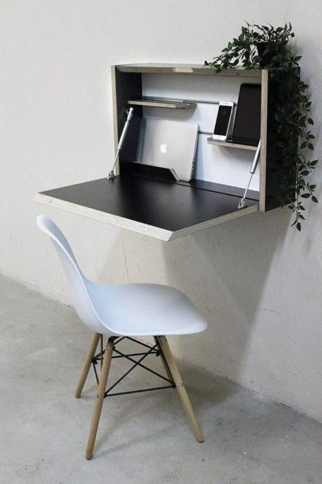 Escritorio con estilo minimalista color negro plegable