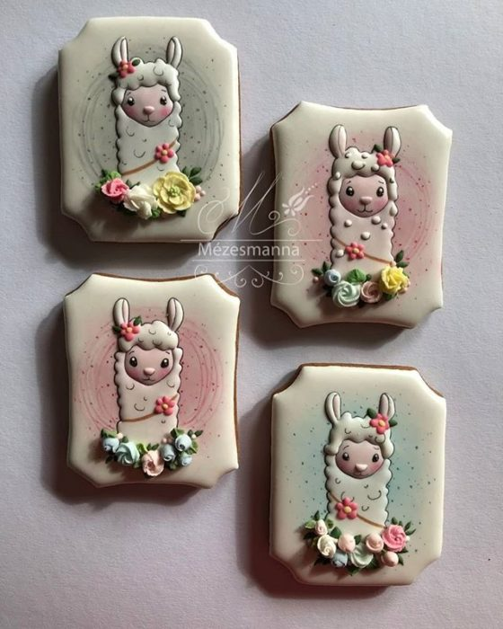 Galleta de jengibre decorada con alpacas