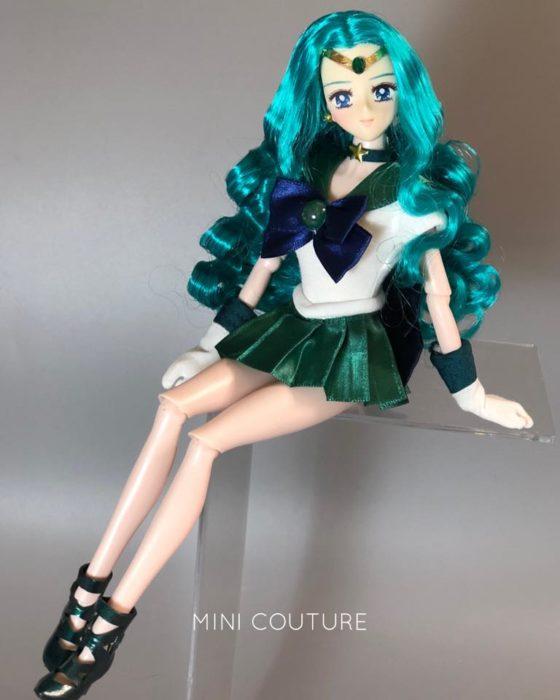 Muñeca de porcelana creada por el artista Mini Couture inspirada en el anime Sailor Moon, Michiru Kaioh