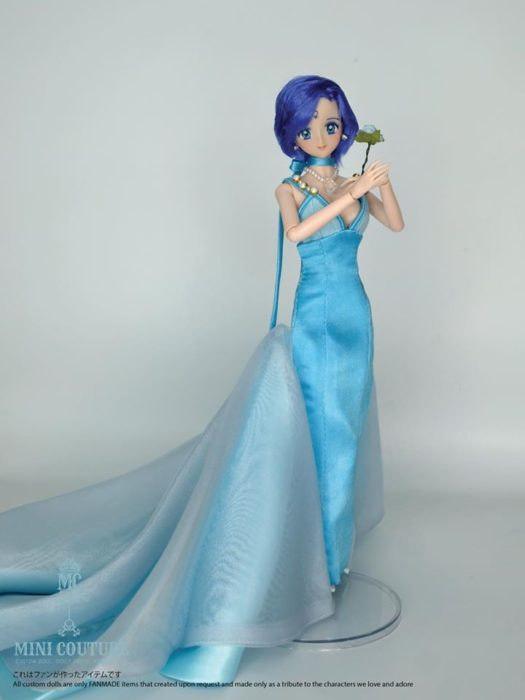 Muñeca de porcelana creada por el artista Mini Couture de Sailor Moon, Ami Mizuno