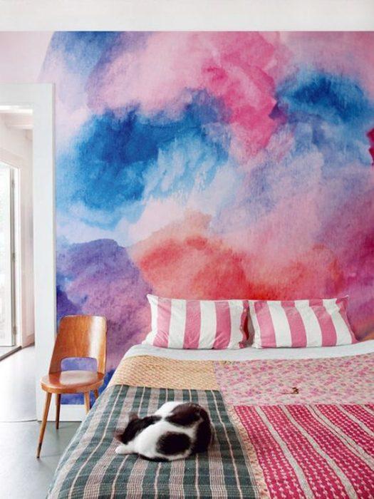 Decoración de pared con pintura tipo acuarela