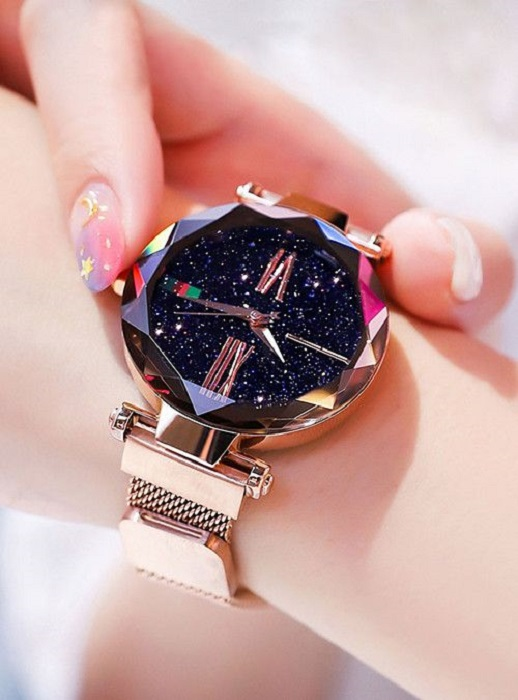 Universe-inspired watch with crystal forming a starry sky