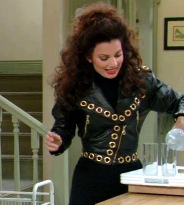 Outfits by Fran Drescher from 'La Niñera'; black leather jacket with gold rivets