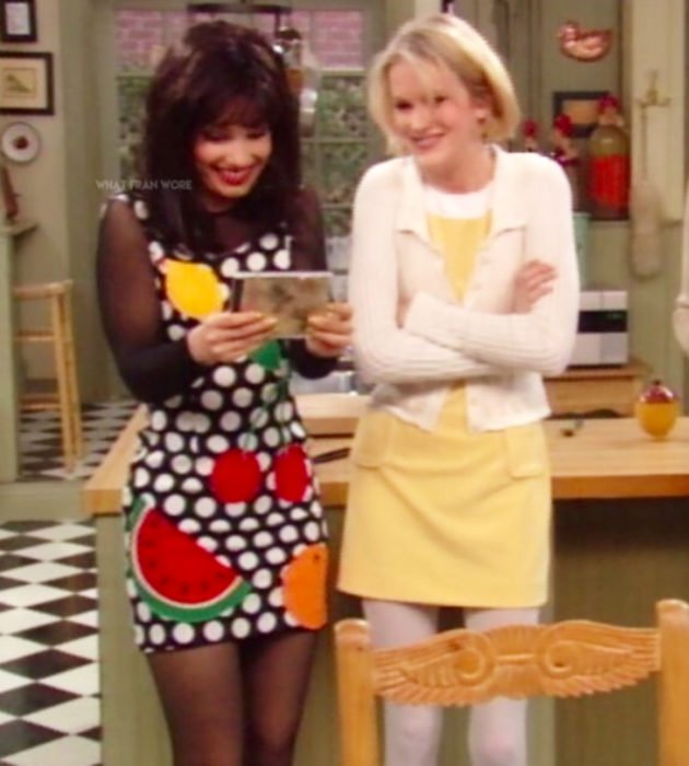 Outfits by Fran Drescher from 'La Niñera'; black dress with white polka dots and fruit print