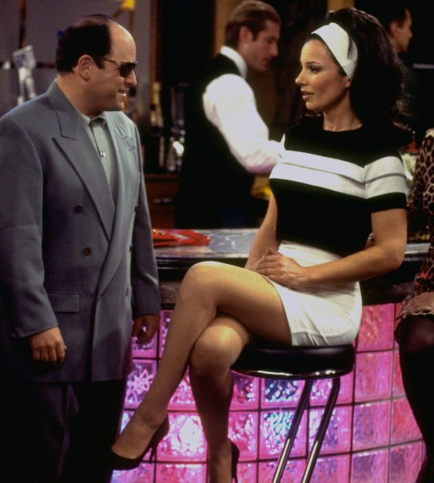 Outfits by Fran Drescher from 'La Niñera'; black and white striped dress