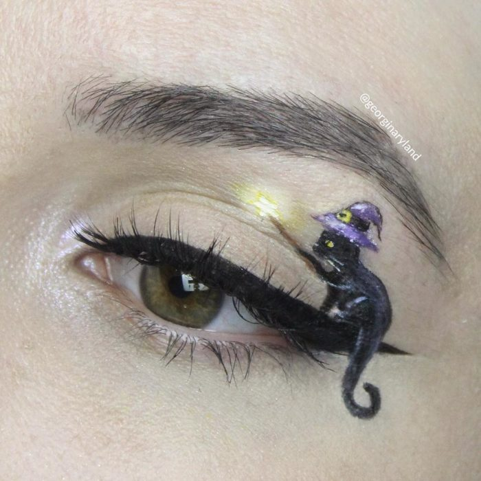 15 eye makeups that are a work of art 1