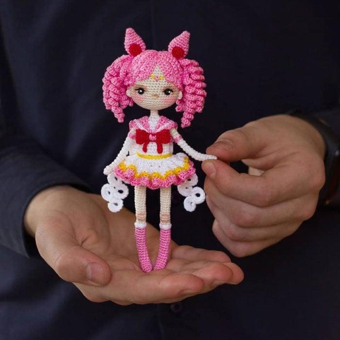 Artista teje las muñecas de 'Sailor Moon' más lindas que hayas visto