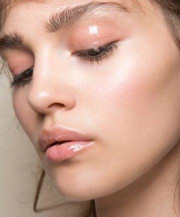 Maquillaje efecto ojos mojados