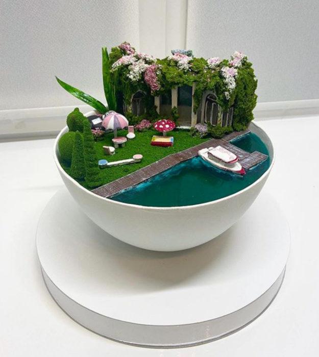 Pasteles de gelatina en forma de isla con mar