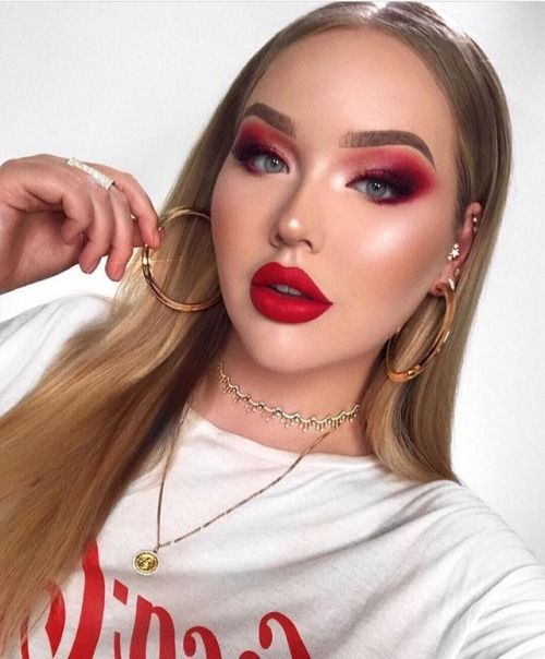 Nikkietutorials with red eyeshadow