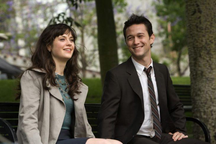 Escena de la película 500 días con ella en la que Tom y Summer están en la banca favorita de Tom