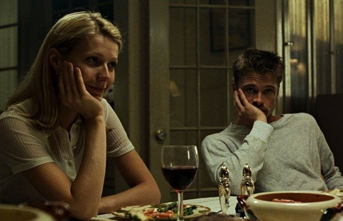 Gwyneth Paltrow y Brad Pitt escena de Seven