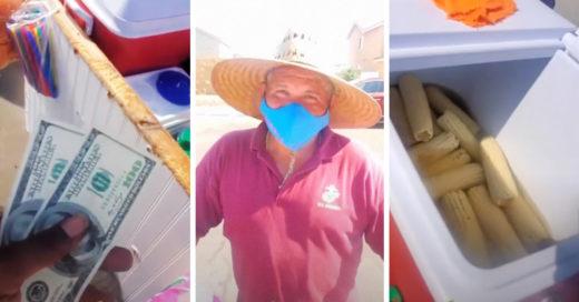 Estadounidense compra todos los elotes de vendedor mexicano para apoyarlo