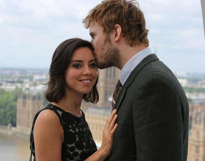 Aubrey Plaza y Chris Pratt en la serie de parks and recreation