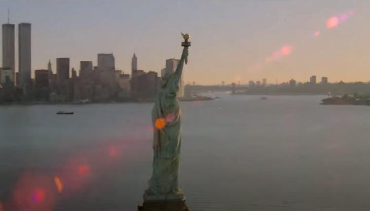 escena de miniserie ciudad del miedo: nueva york vs la mafia