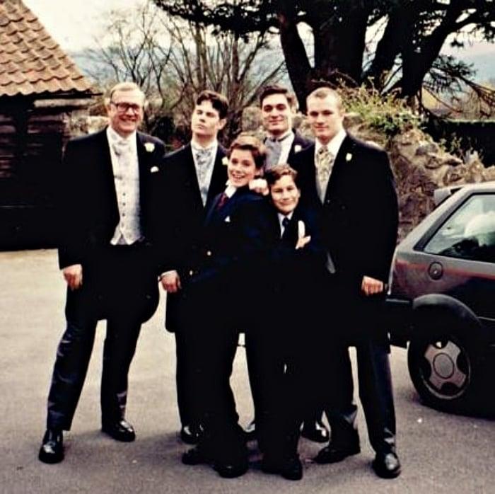 henry cavill y su familia