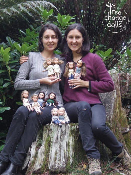 Sonia y su madre, fundadoras de Tree Doll Changes