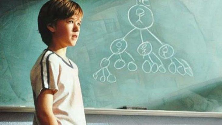 Escena de la película Cadena de favores estrenada en el 2000 y protagonizada por Haley Joel Osment