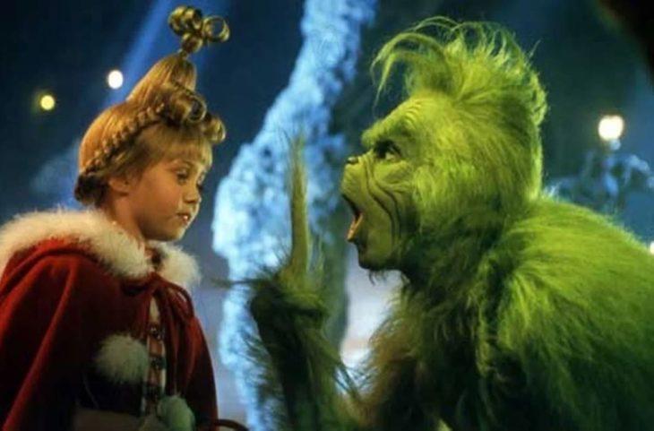 Escena de la película El Grinch protagonizada por Jym Carrey en el 2000