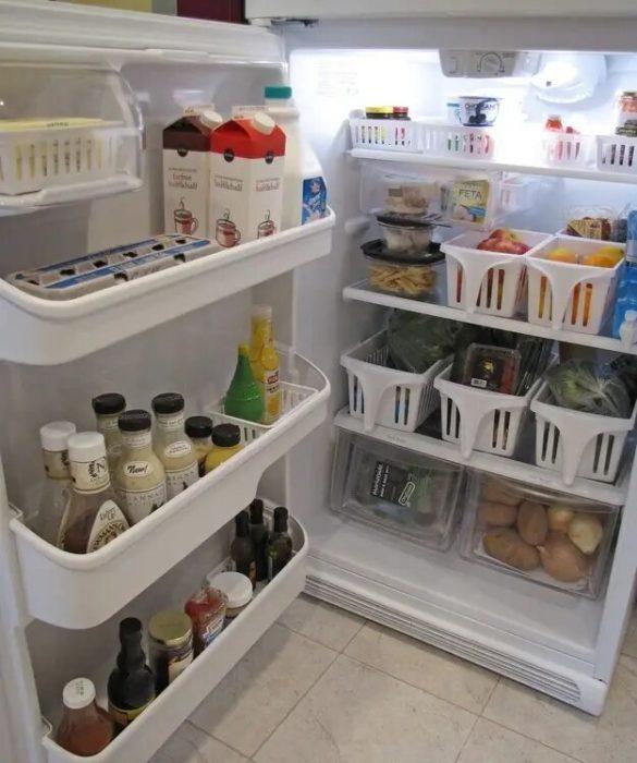 Refrigerador organizado y limpio