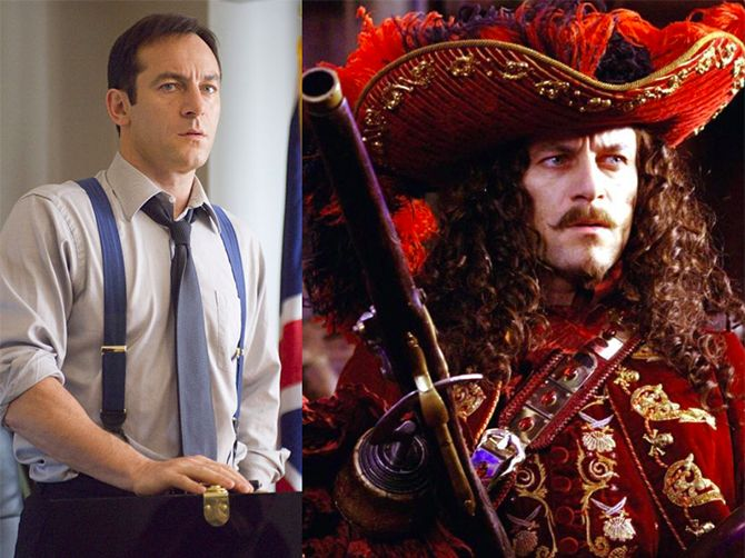 Jason Isaacsinterpretando a dos personajes diferentes en la película de Peter Pan