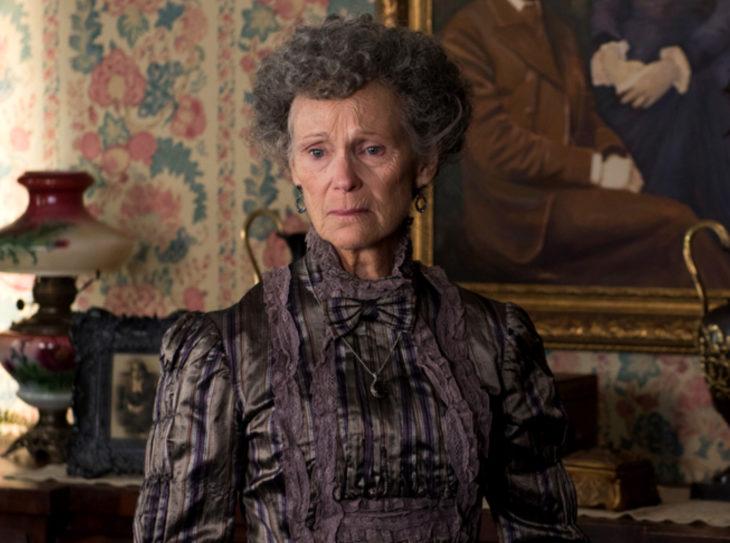 Personajes de serie de Netflix Anne With an E; Josephine Barry