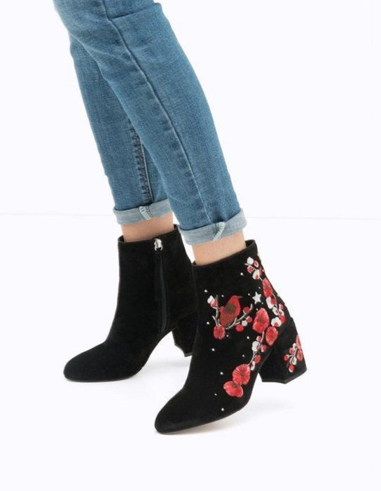 Ankle boots with embroidered details, black and red flower details