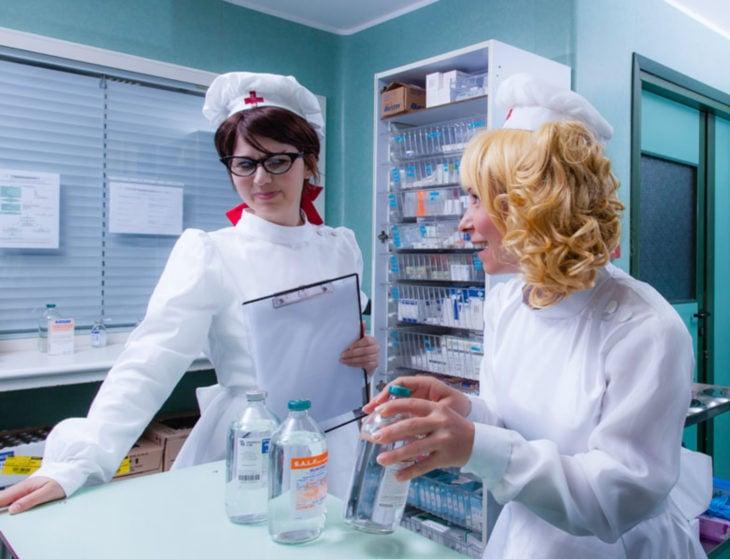 Cosplay, disfraz de Candy White Andrew y enfermera Flamy