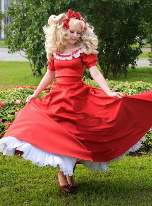 Cosplay, disfraz de Candy White Andrew; vestido rojo