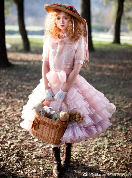 Cosplay, disfraz de Candy White Andrew; cestido rosa Lolita
