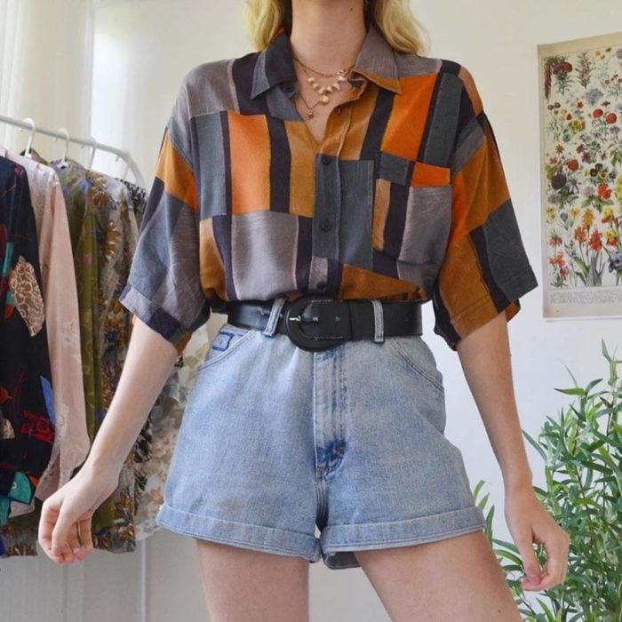 Ideas para combinar shorts con camisa floreadas